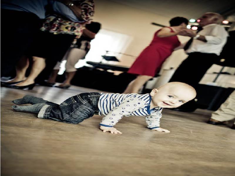 3 Razones por las que tú bebé debe gatear