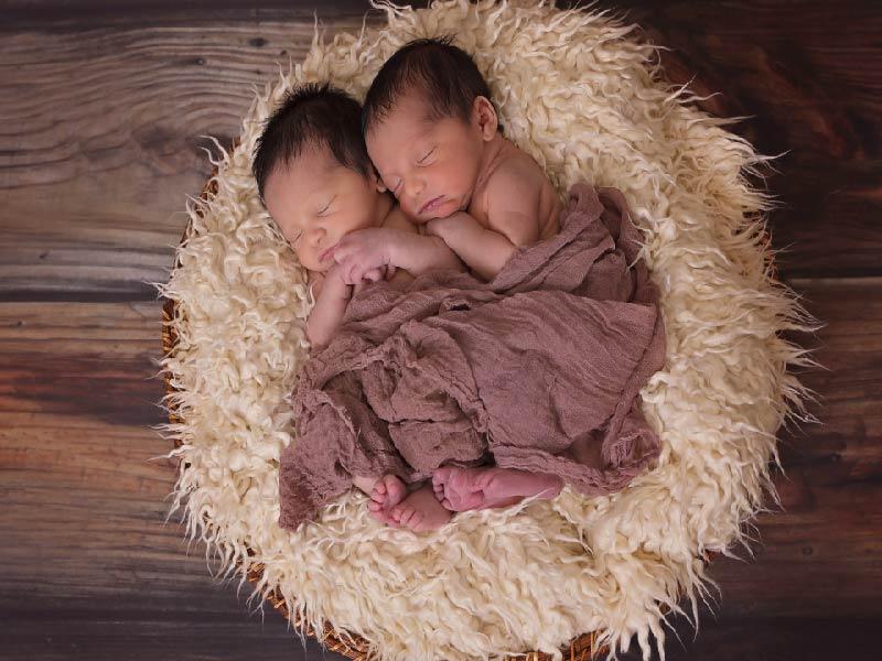 ¿Cómo construir una relación saludable entre gemelos?