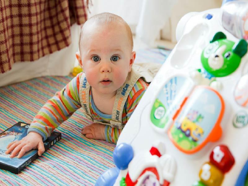 Juguetes imprescindibles para tu bebé entre 0 a 6 meses